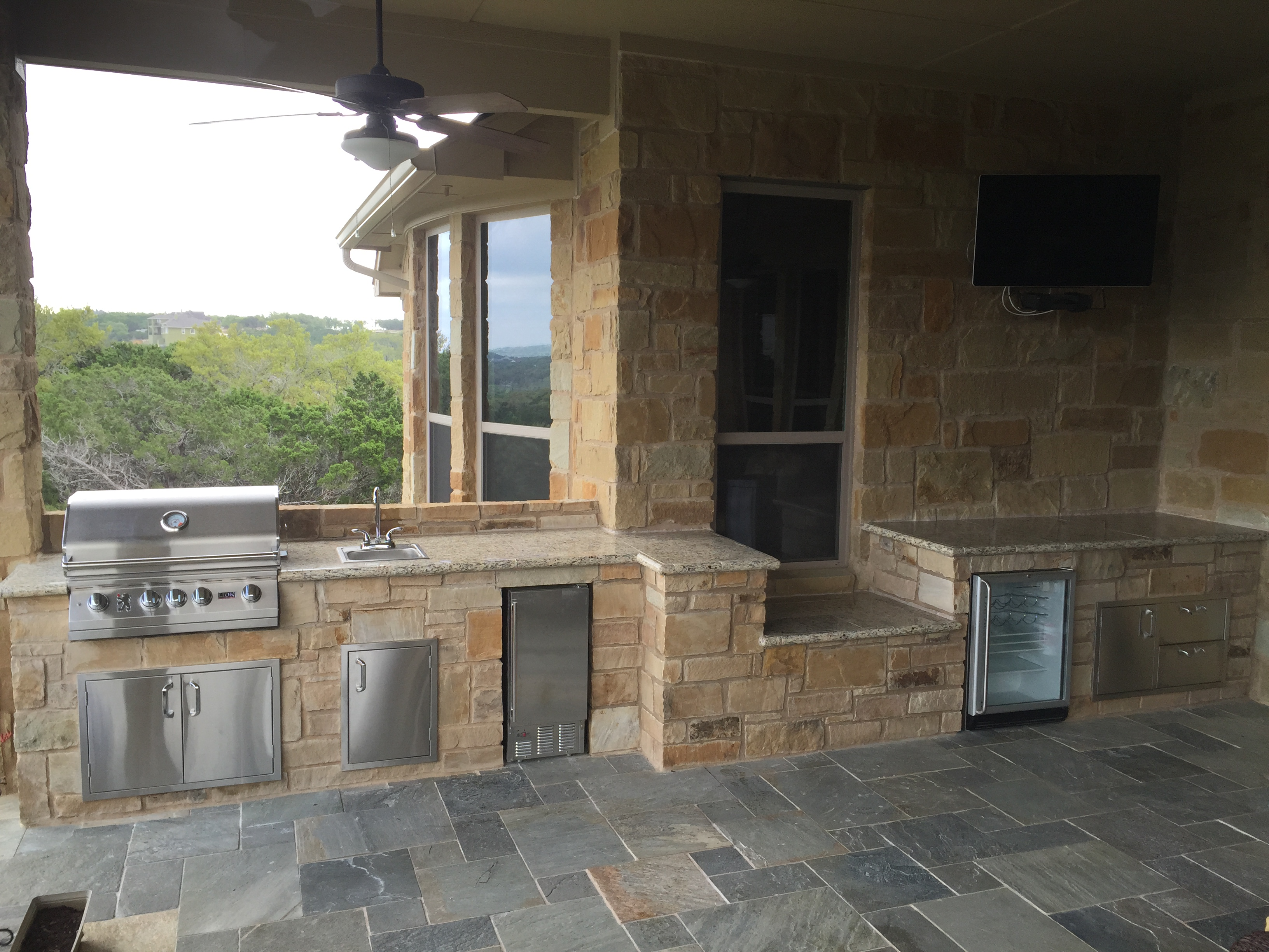 Austin Outdoor Kitchens Limestone Countertops Outdoor Kitchens Cliff Kitchen